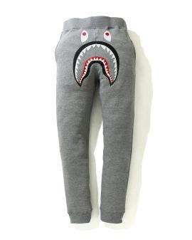 Shark slim sweatpants
