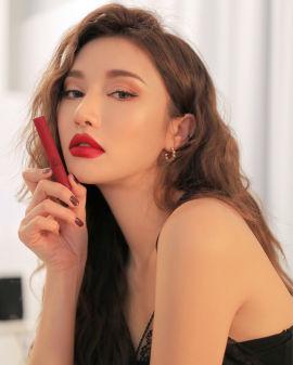 Slim Velvet Lip Colour #True Red