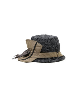 Bow knitted bucket hat