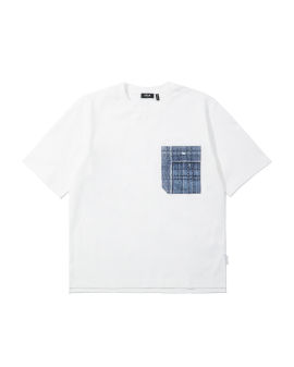 Patch pocket tee