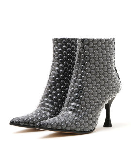Bubble pointed heels