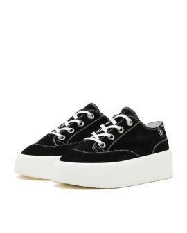High flatform sneakers