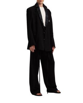 Lois jacket lapel