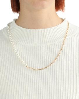 Half-pearl necklace