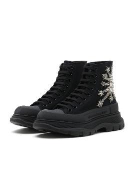 Tread slick sneakers