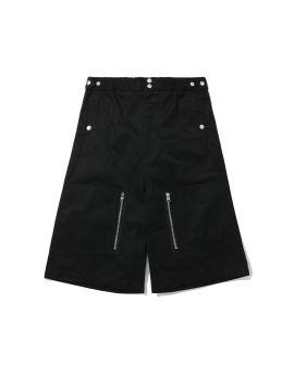 Multi-pocket shorts