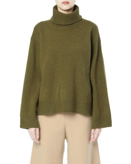 Wide turtleneck sweater