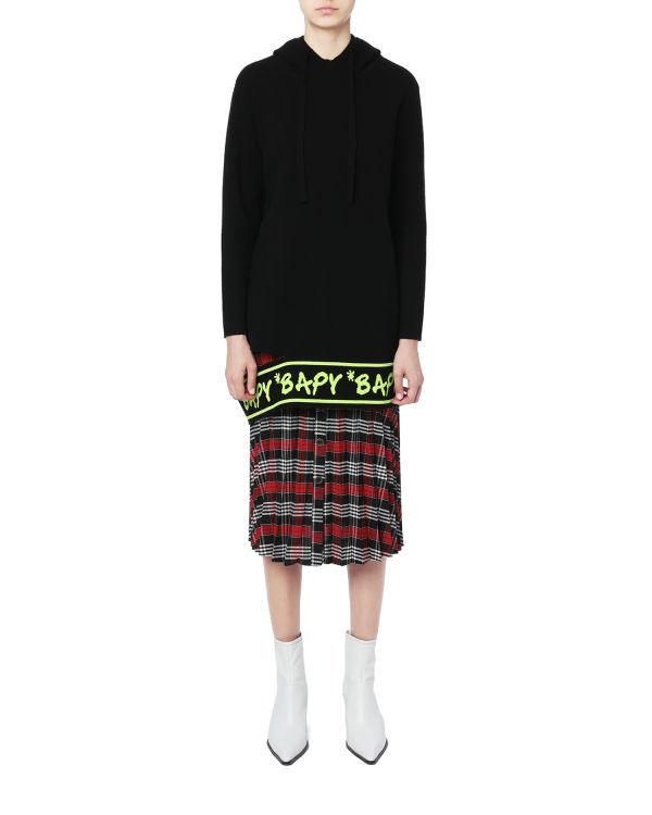 Hem cutout knit hoodie