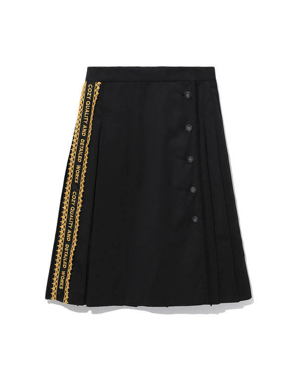 Side embriodery skirt