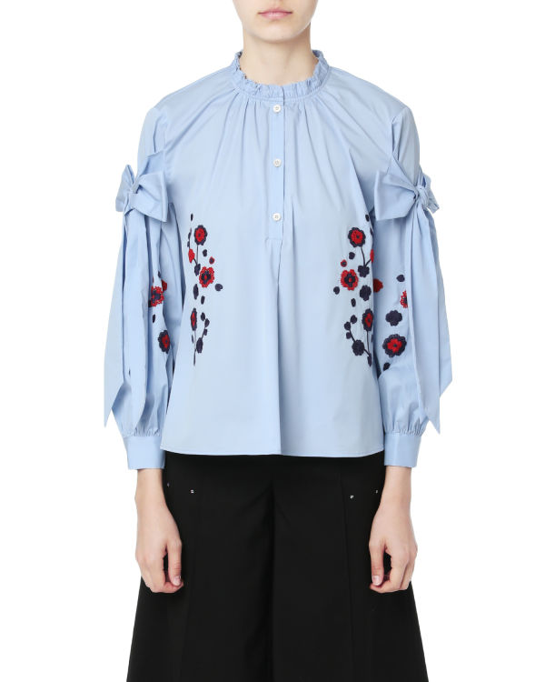 Embroidered ribbon-tie shirt