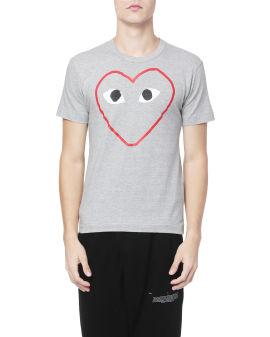 Outline heart logo tee