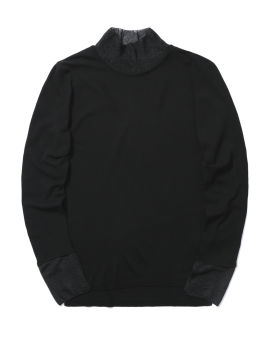Turtleneck knit top