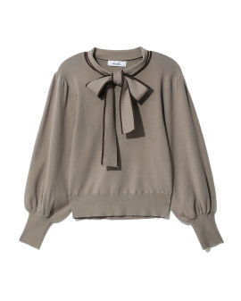 Bow-tie knit sweater