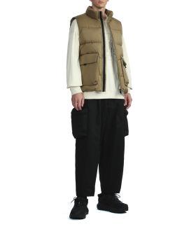 Pocket down vest