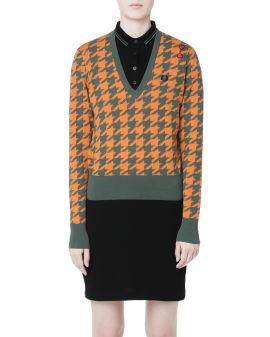 Houndstooth V-neck sweater