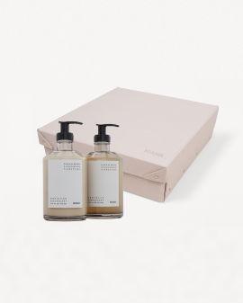 Gift Box: Body Wash 375ml and Body Lotion 375ml set