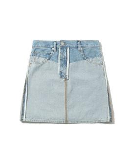 Reversed mini skirt
