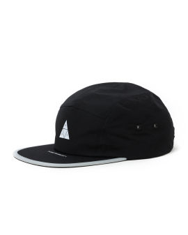 Tripe Triangle flash volley cap