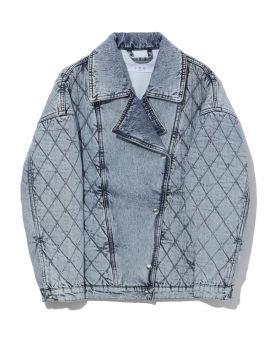 Contrasting denim jacket
