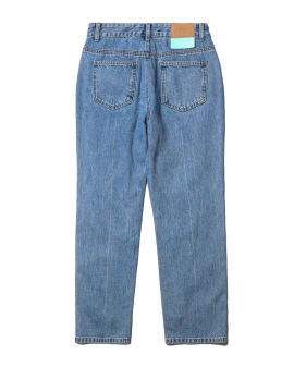 Pearl accented jeans