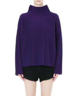 Roll neck knit sweater