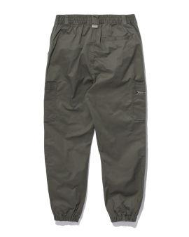 Label patch pants