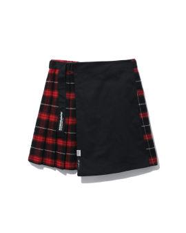 Layered plaid skirt