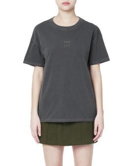 Logo embroidered tee