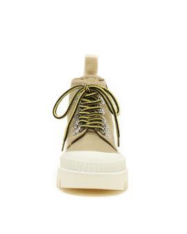 City lug sole boots