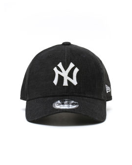 MLB New York Yankees logo cap