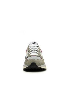 5740 Decade Clash sneakerss