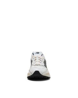 5740 sneakers