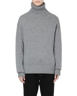 Basic turtle neck sweater
