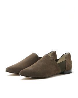 Scallop trim loafers