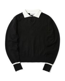 Key hole detail sweater