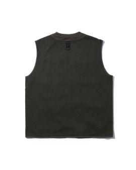 Flap pocket zipped vest