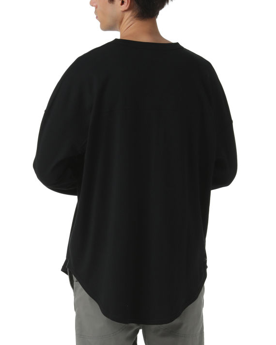 Classic tee image number 4