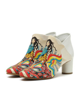 Graphic print ankle boots