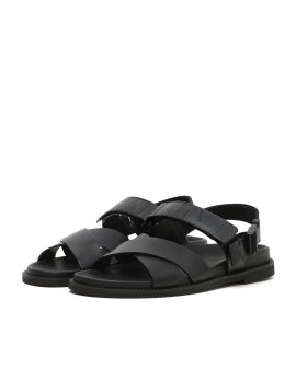 Buckle strap leather sandals