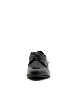 Glossy oxford shoes
