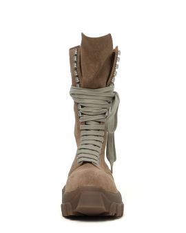 Lace-up tractor boots