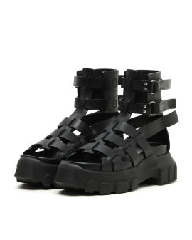 Hiking tractor sandals